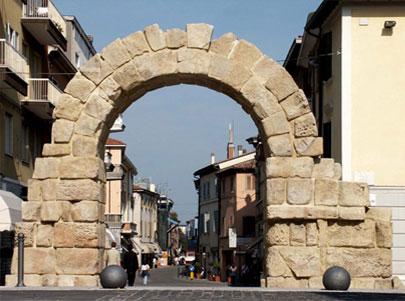 Porta montanara rimini restauro porta montanara ariminum - Architetto porta ...
